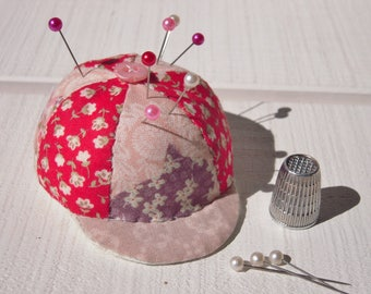 Wear pins / needles in patchwork form CAP n ° 2