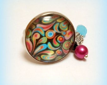 """Colorful spirals"" glass cabochon ring"
