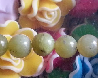 5 beads natural gemstone peridot 8 mm in diameter, hole 1 mm