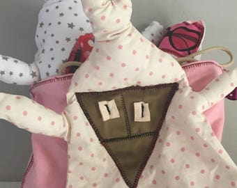 Pink bag with blanket stitched front