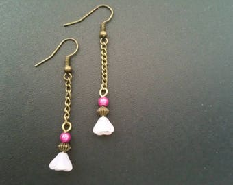 Pink flower bead and bronze earrings