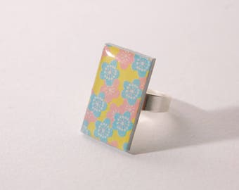 Cherry blossoms, blue, yellow and pink cabochon ring