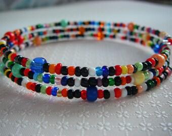 Bracelet 3 rows, wire shape memory, seed beads