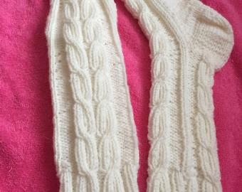 White socks sizes unisex all soft and warm