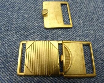 Matte gold belt buckle