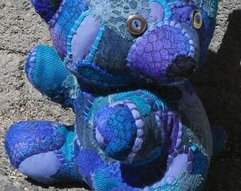 """""""turquoise Koala"""" art CdeM blanket"""