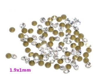 Tapered white rhinestone 1440 1.9x1mm - S16745 transparent.