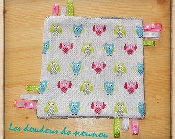 taggy / baby girl OWL ribbons