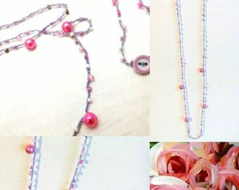 Necklace/Bracelet in wire and synthetic beads in shades of pink/necklace bracelet