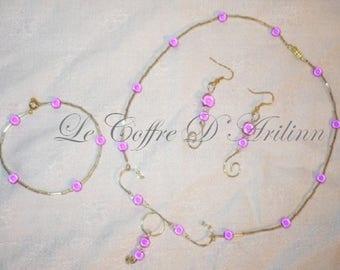 This jewelry set magic fuchsia beads
