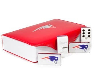New England Patriots Jumbo Domino Double Six, 5 Coats 100% Acrylic. Faux Leather Case