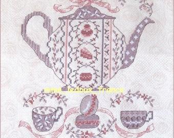 """Embroidered Point de Croix """"Macaroons violet"""" - v pattern"""
