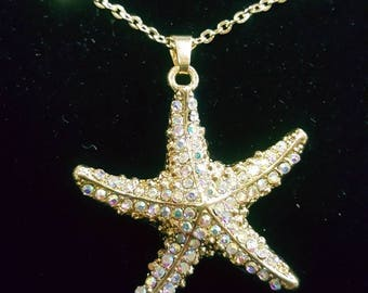 Gold Studded Starfish Necklace