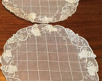 Small Delicate White Embroidered Lace Doilies