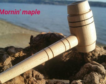 Handcrafted maple pipe