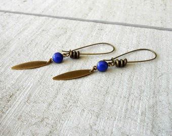 Bronze earring, drop mini enameled blue and pearls