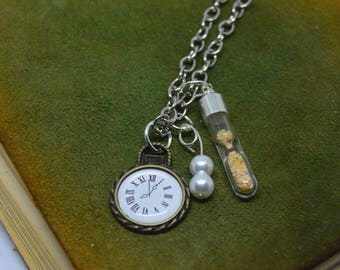 Sands of Time - Hourglass pendant filled with sand