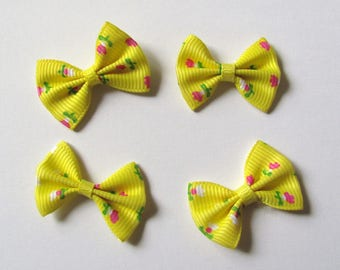 Set of 4 bows floral yellow 30mm x 22mm