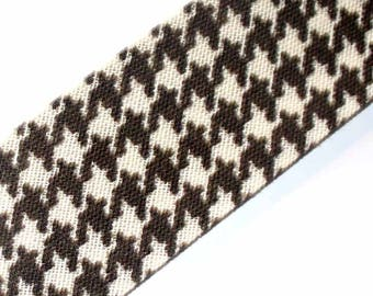1 meter way through 20mm Brown houndstooth ACFI255 liberty