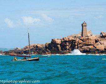 Mean Ruz de Ploumanac'h Lighthouse photograph ' h (Perros-Guirec).