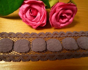 Small stretch glossy brown lace 3 cm wide
