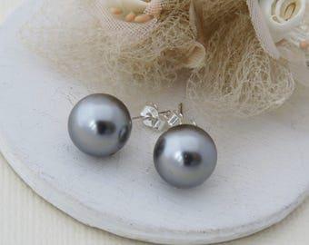 Grey Studs, Swarovski Grey Bridal Earrings, Steel Grey Studs, Grey Bridesmaid Earrings, Bridesmaid Gift, Wedding Jewelry