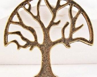 Large brass toned 1 x tree pendant bronze