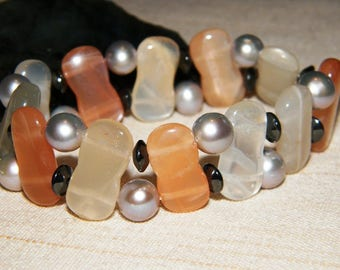 Double-row elastic designer bracelet with moonstone, pearl and hematite ~ Courage and harmony!