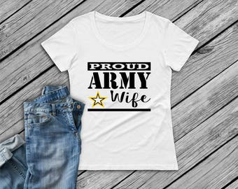 AMC100.1500  T-Shirt, short sleeve; Army Wife, proud