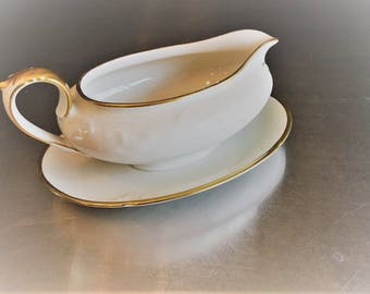 Vintage Winterling Bavaria Gravy Boat - Fixed/Attached Under Plate - Gold Trim