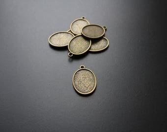 6 medium bronze oval cabochon pendant