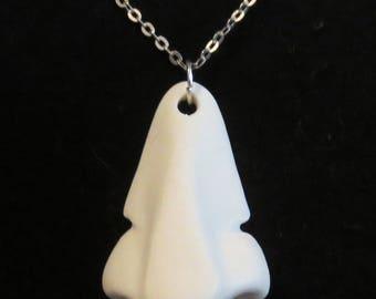 Nose® kind porcelain necklace