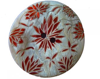 Finely engraved mother of Pearl button red Japanese flower stunning jewel