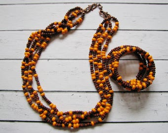 Beaded necklace and bracelet in autumn tones