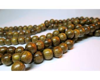 15 wooden beads - 8 / 9mm - natural shades