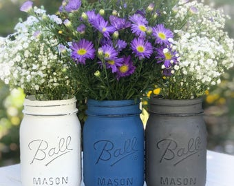 White, royal blue, gray painted Mason jars. Chalk paint distressed jars. Desk accessory, organization, anniversary, birthday gift, shower.