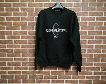 FREE SHIPPING!! Gianni Valentino Italy Vintage Sweatshirt//Vintage Sweater//Valentino Sweatshirt//Italia Sweatshirt//Big Logo//Size (L)