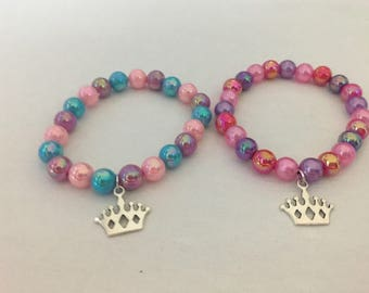 Princess bead bracelet party favors.Princess Crown charm bracelet party favors.Bead bracelet party favors.Princess party favors.
