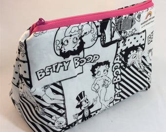 Medium black and white Betty Boop Zipper Pouch