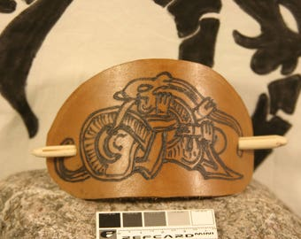 "Leather hair Barrette ""Monster aggrippeur"" viking"