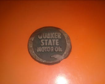 Vintage QUAKER STATE Motor Oil magnet, Great Character, Not Perfect RARE