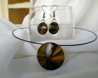 Round Shaped Necklace and Earrings