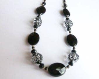 Black Beaded Necklace, Black and Silver Necklace, Seed Bead Necklace, Black Jewellery, Black Jewelry