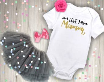 I love my Mommy bodysuit, Baby bodysuit, baby girl bodysuit, baby shirt, baby shower gift, coming home outfit, baby clothes,