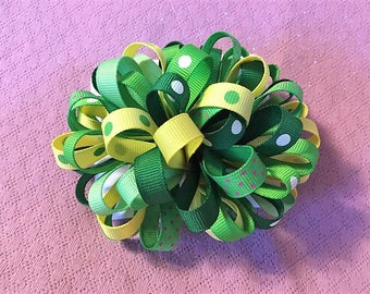 Loopy Pom Pom Bow, Green Hair Bow, Polka Dot Bows, Fancy Bow, Girls Hair Bows, Boutique bow, Girls hair bows, Green Loopy Puff Bow, Pompom