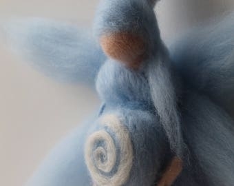 """Pregnant blue fairy, pregnant, """"Gwilloud Pezena"""", carded wool, Waldorf Steiner"""