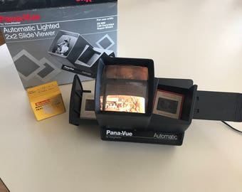 Pana Vue Lighted Automatic 2x2 Slide viewer