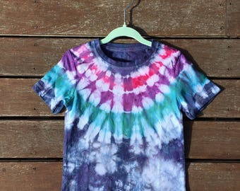 Kids tie dye top colourful. Size 2. Ready to ship. Free Shipping in Aus!