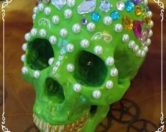 Skull resin hand made, unique piece / / OOAK handmade skull