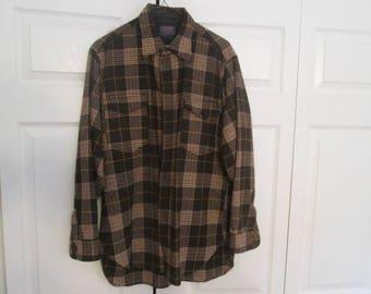 Men's Pendleton plaid wool shirt - size large